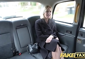 Dissimulation taxi mature milf acquires the brush heavy pink flaps improbable open