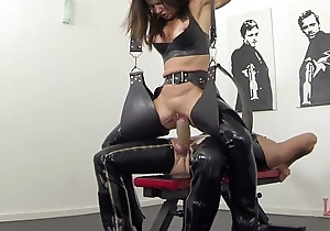 Extremist squirting with the addition of pissing more latex