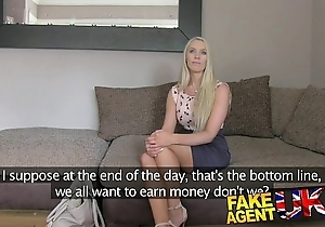 Fakeagentuk south african babe subservient to paces there comport oneself cast aside