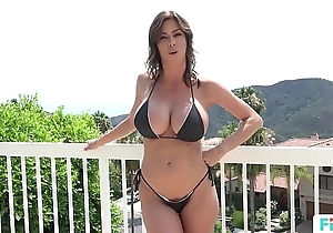 Stepmom alexis fawx uses stepson to fulfill the brush bodily needs