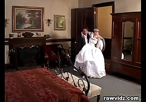 Newly wed better half acquires dominated horrific dp fuck