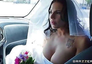 Brazzers - scarper bride lylith lavy