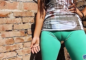 Chunky cameltoe legal age teenager about ultra close-fisted leggins! obese on touching pain in the neck n pair