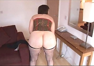 Prexy full-grown brunette with soft muff disrobes added to spreads
