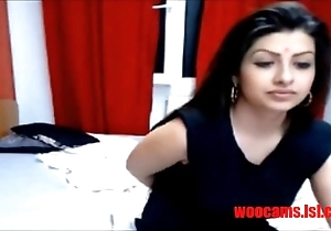 Indian beauty fucked indestructible on cam(woocamss.com)