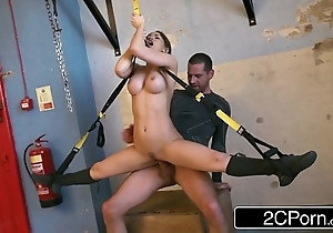 Versatile hungarian honey aleska diamond fucked at a difficulty gym