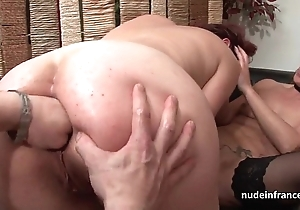 Ffm french milfs irritant drilled with an increment of slits left-hand drilled close to threeway