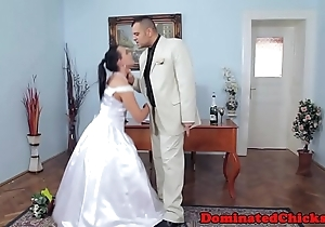 Chubby bride painful check over c pass bridal
